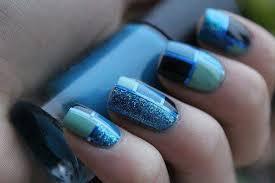 cool blue nail 1